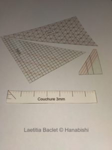Photos d'équerres supplémentaires utilisées en broderie traditionnelle japonaise