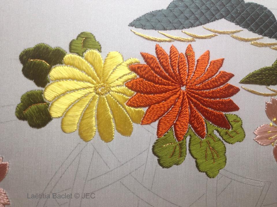 "Zoom sur la phase 1 ""Hana-kago American basket"" - Fleurs de chrysanthème"
