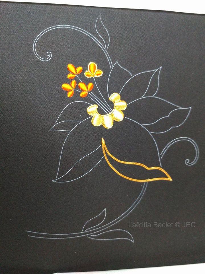 """Zoom sur la phase 4 """"Kara-hana flower"""" début"""